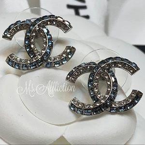 CHANEL NEW! Crystal CC Bleu Earrings Silver 2020